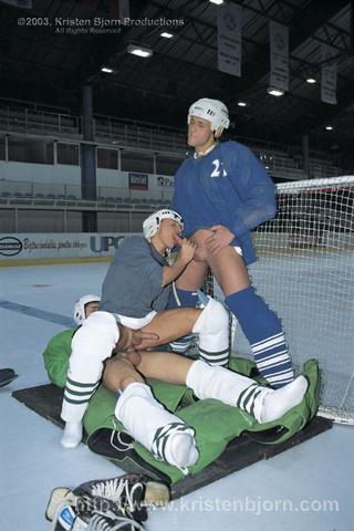 hot threesome gay hockey