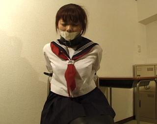 ponytailed asiáticas universidad chica