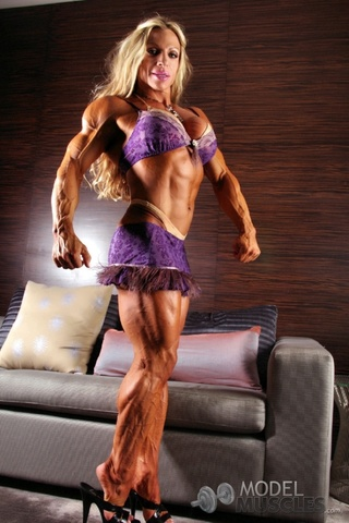 sexy hot bodybuilder blonde
