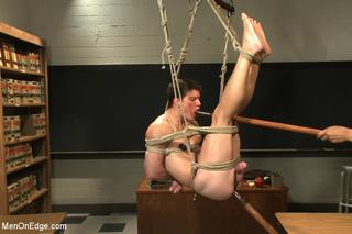 hot stud roped hung