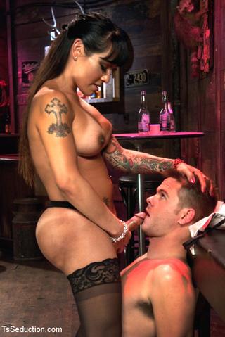 hot tattooed chick dominates