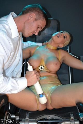 atadas, bondage, sexo brusco, tetas