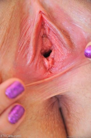 riley reid nipple stretching