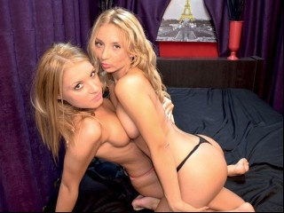 blonde teen bella and