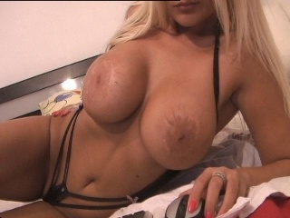 blonde stacey fingering