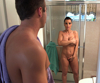 Stepmom Nude Shower Teasing