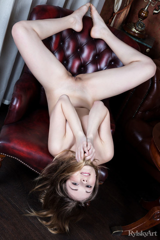 dazzling chick nude chair