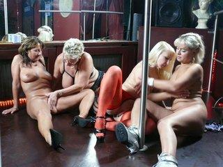 nasty lesbian swingers enjoy