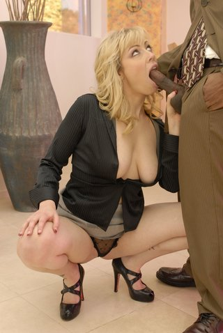 fancy blonde chick fucked