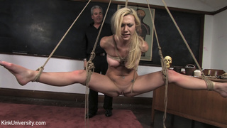 chicks bound rope suspended