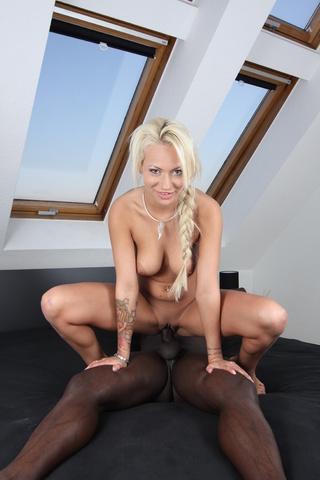 delicious blonde undressed fucked
