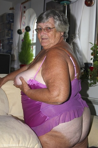 gorgeous granny shows nasty
