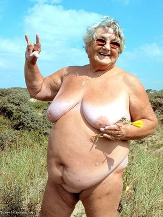lusty lady pose fat