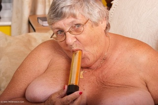 lusty mature babe takes