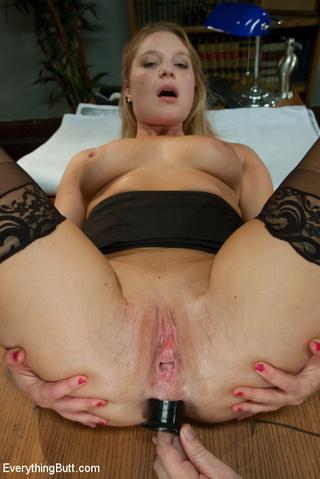 hot blonde gets ass