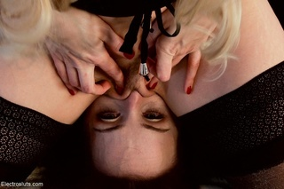 electric play extreme clitoral