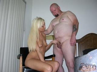 naked blonde sizzling hot