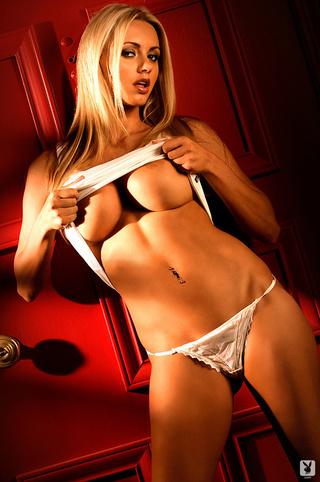 Leah remini nude pussy pics