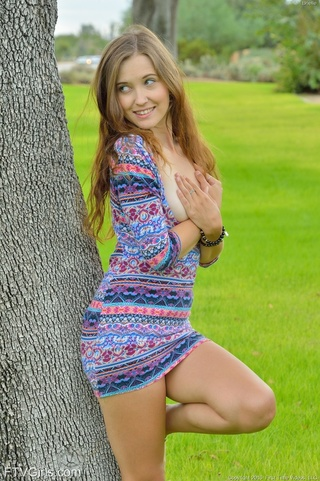 teen gal colorful outdoors