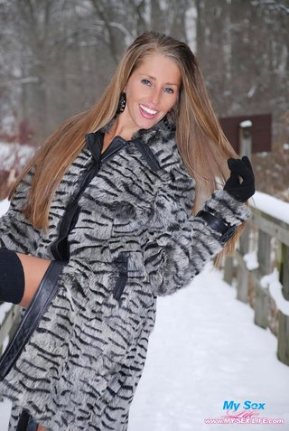 Hot girl fucking in cold Snow Pictures Youx Xxx