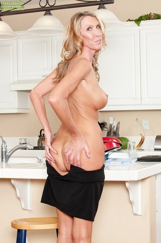 blonde, housewife, milf