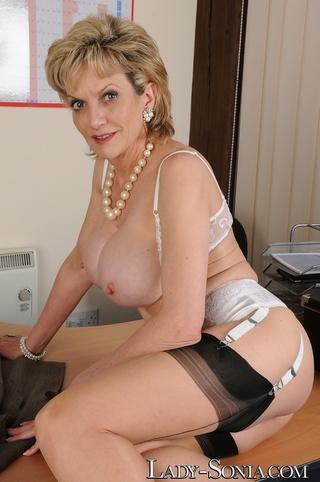 sexy vixen showing large