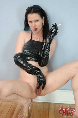 hot seductress latex gloves