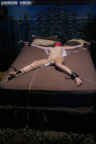luscious hottie indulging body