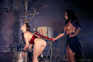 spicy femdom action brunettes