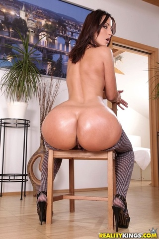 brunette pantyhose ripped mouth