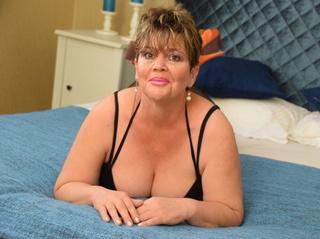mature with beautiful tits