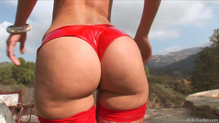 bootylicious babe red stockings