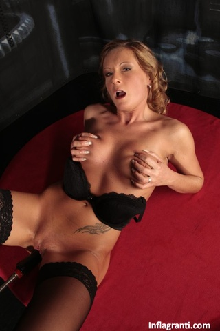 hot horny ladies play