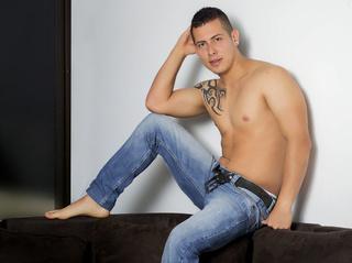 22 yo, boy live sex, short hair, snapshot