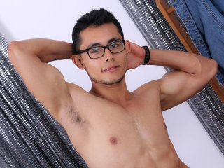 18 yo, gay live sex, striptease, zoom