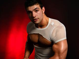 white gay musclebiggay69 zoom