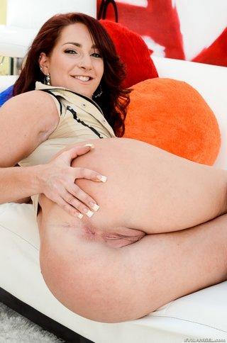 big butt redhead doesn't