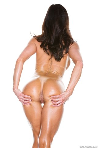 oiled milf pink showing