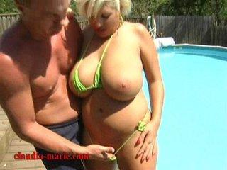 green bikini milfs tits