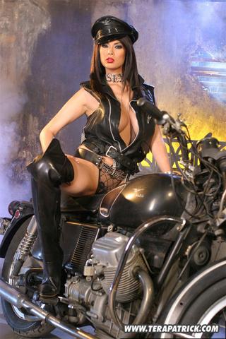 Hd sluty bike babe, sexy girls in india