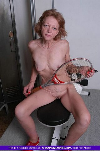 alluring granny pose naked