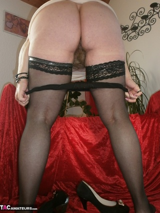 beautiful milf huge naturals