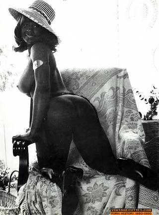 seductive black bitches spread