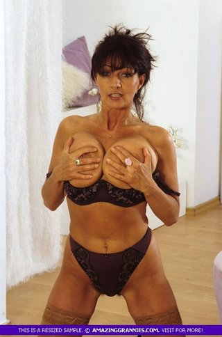 stunning granny banging body