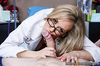 nerdy blonde doctor shows