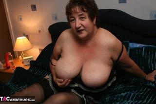 size granny reveals giant