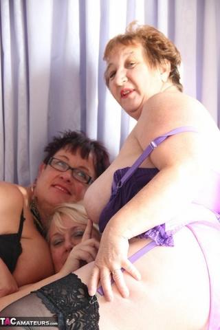 size grannies black purple