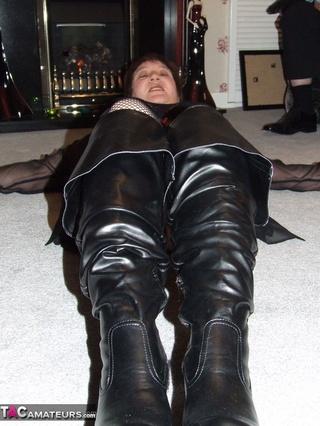 thigh Nackt sexy boots babs high