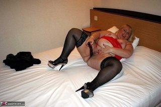 chubby granny peels black