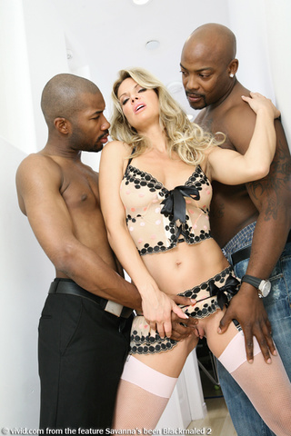 Savanna Samson  nackt